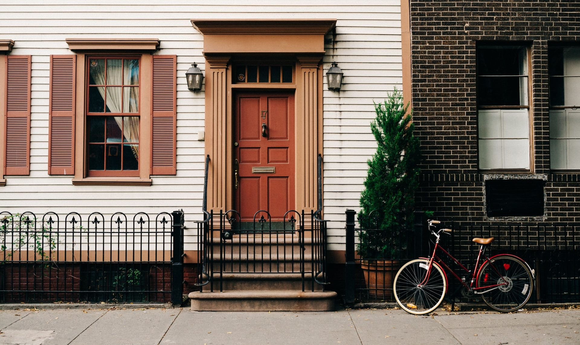 How to Honor Host Homes Well in your Ministry